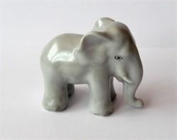 Herendi szürke elefánt