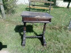 Masszív strapabíró antik ónémet asztal /  varróasztal