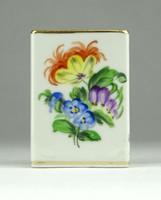 0Y019 Régi Herendi virágos porcelán gyufatartó