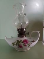 Virágos mintás porcelán petróleum lámpa