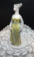 Sárga ruhás nő - Drasche porcelán