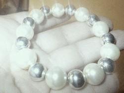 Hófehér - Ezüst fényű tenyésztett gyöngy Karkötő