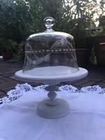 Sütemény vagy tortaállvány gyönyörüséges metszett üveg burával