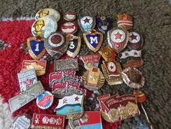 36 db  Orosz  katonai kitűző-jelvény