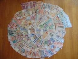 710 darab világ papírpénzei LOT - MIX !!!