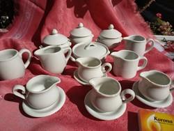 20 darabos porcelán étkészlet, babaházi kellékek