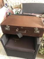 Kindelbrück hartplatte bőrönd ,vászon tartóval