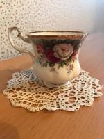 Rózsás Royal Albert teáscsésze alátét nélkül