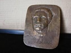 Vastag valamilyen bronz plakett