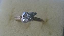 Arany 14 karátos (agárfejes) gyűrű felélhollandi csiszolású ezüstbe foglalt gyémántokkal diszitve