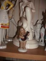 Aquincumi bendzsózó kislány