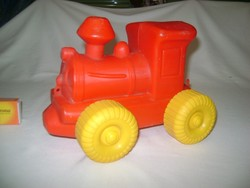 Retro műanyag mozdony, játék mozdony