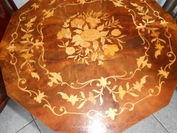 Barokk virág intarziás szalonasztal