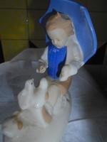 Madarakat etető gyermek: régi német  porcelán vitrin figura