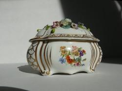 Altwien jelzésű porcelán bonbonier, 20. század