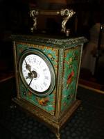 Óra gyűjtők figyelem! Kézzel festett hibátlan porcelán számlapos, működő francia utazó óra 1878-ból