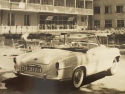 Régi autós képeslap Balatonlelle SZOT. Május 1 üdülő 1964