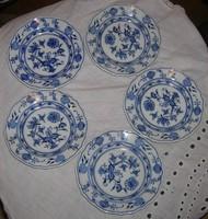Meisseni gazdag hagyma mintás kobaltkékkel  festett tányérok