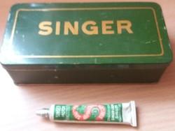 Antik Singer Varrógép Pléhdoboz És Kenőzsír