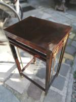 Szecessziós bútorkülönlegesség, posztamens, telefonasztal