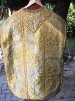 Papi ruha hagyatékból