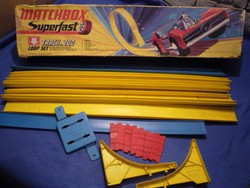 Egy nagy klasszikus - Matchbox Superfast autópálya az 1970 es évekből --- A SÁRGA !