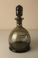 Retro fújt üveg likőrös palack