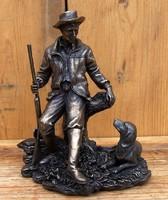 Vadász szobor