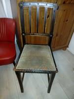 Virágos szegecses hangulatos antik szecessziós szék szép huzattal használatból
