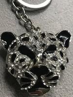 Tigrisfejes kulcstartó kristályokkal és fekete zománccal díszítve