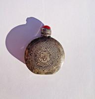Sterling 925-ös piros köves parfüm tartó apró palack