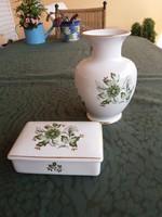 Hollóházi váza, bonbinierrrel
