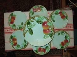 Körmöcbányai kínáló + 6 db kis tányérokkal