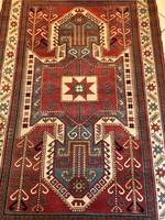Kaukázusi Sewan Kazak Mintájú Kézicsomózású Szőnyeg 135x210