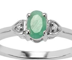 Limitált darabszámú ékszer ezüst eljegyzési gyűrű 0,440 karátos Smaragd és Fehér Topáz drágakővel
