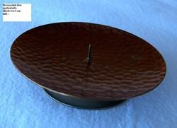 Lapos bronzírozott  gyertyatartó, nagyméretű gyertyához