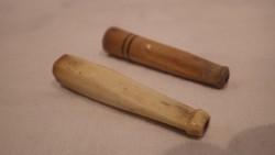 2 db antik szipka , egyik csont