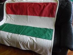 Hatalmas öreg magyar zászló  132 x 92 cm