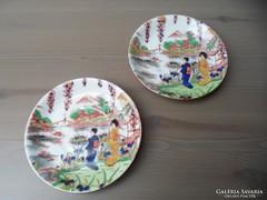 2db régi kézzel festett japán porcelán kistányér