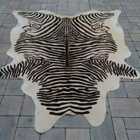 Zebra Print szőnyeg szép állapotban.210x190cm