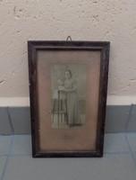 Till Viktor fotóművész antik női fotója képkeretben 17*26,5 cm