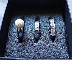3 darab ródiumozott, állítható,köves ezüst gyűrű.