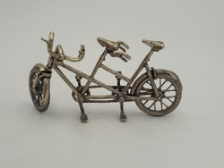 Ajándékba fantasztikus ezüst tandem bicikli