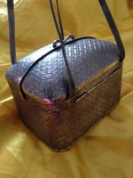 Antik ezüst színű női alkalmi kis táska, fém színházi retikül