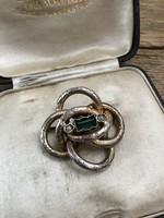 Antik ezüst bross vésett díszítéssel