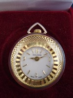 Nagyobb méretű női nyaklánc  svájci medál óra jól működik szép darab