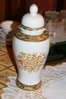 Porcelán amfora váza