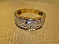 Gyönyörű 0.5ct brill arany gyűrű