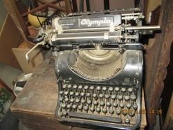 Régi  írógép