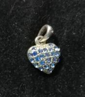 Ezüst kék köves szív medál